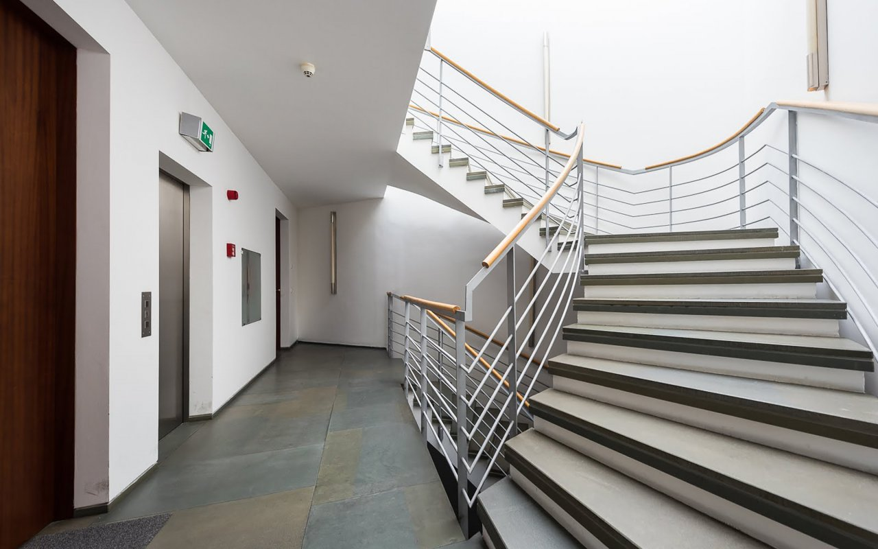6 room apartment for sale in Prague, Czech Republic for € ...