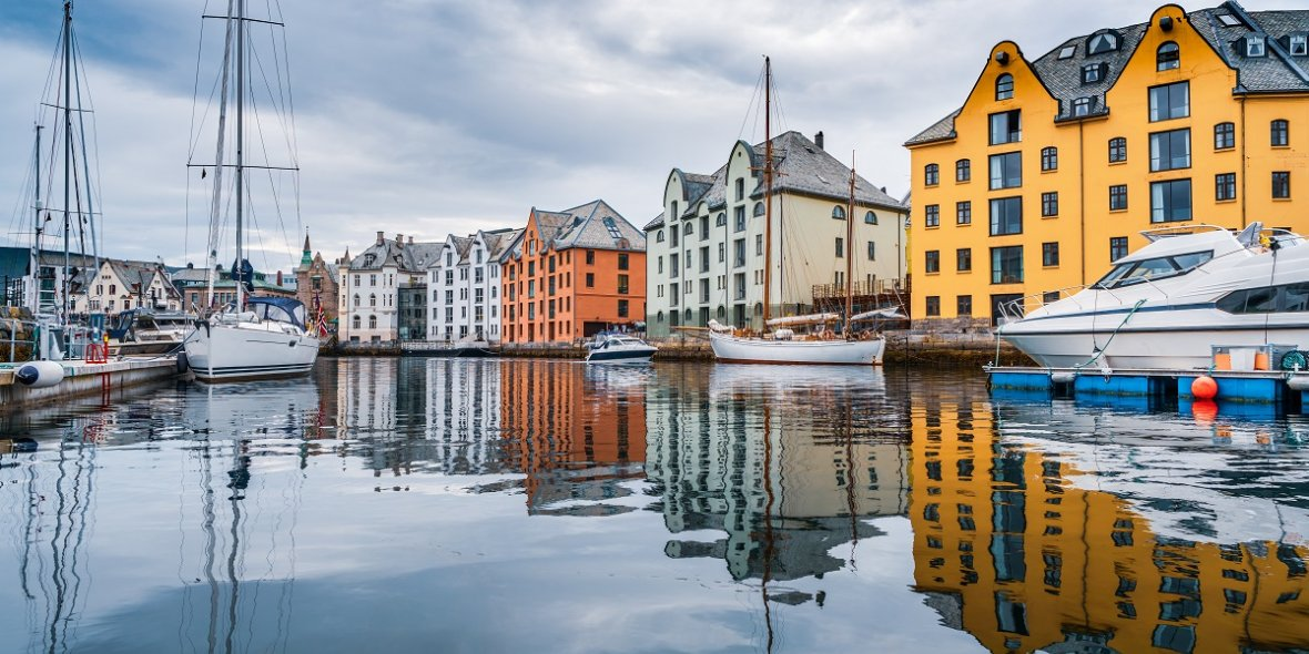 Norwegian authorities have tightened the requirements for permanent residence applicants 2021