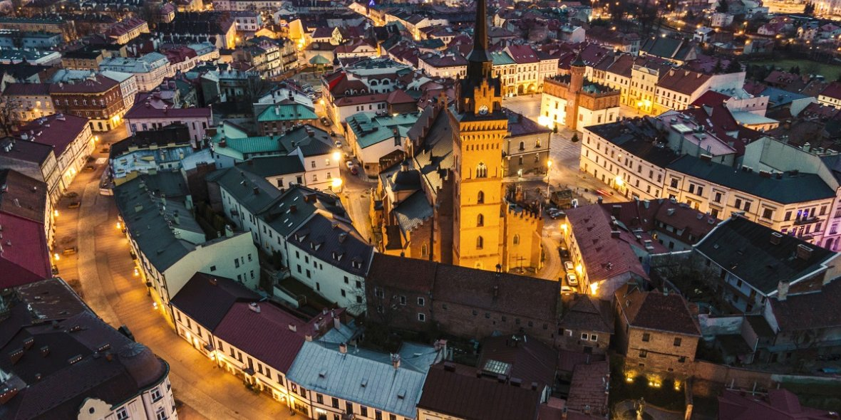 TOP 10 new buildings in Warsaw according to the real estate agency East West Reals