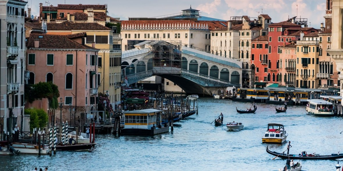 Prices for old houses inItaly continue tofall 2021