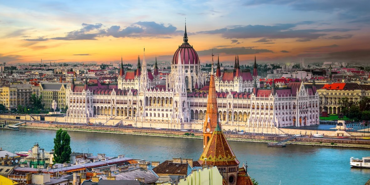 How to obtain a residence permit in Hungary 2020