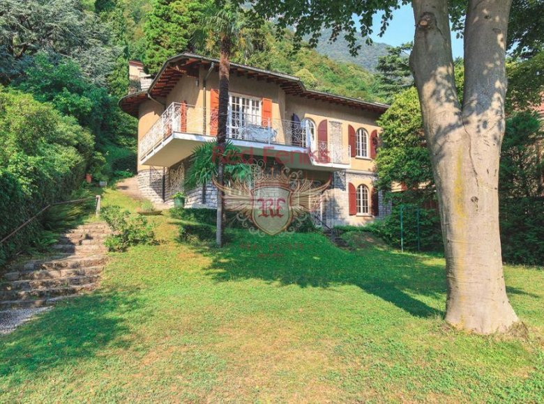 4 room villa  for sale in CO, Italy for € 3,800,000 - listing #270197