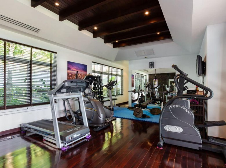 Houses and villas 8 bedrooms 1 050 m² in Phuket Province, Thailand - 41570136