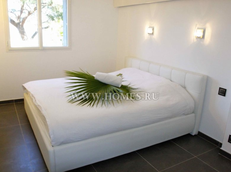 Houses and villas 7 bedrooms 240 m² in France, France - 30525951
