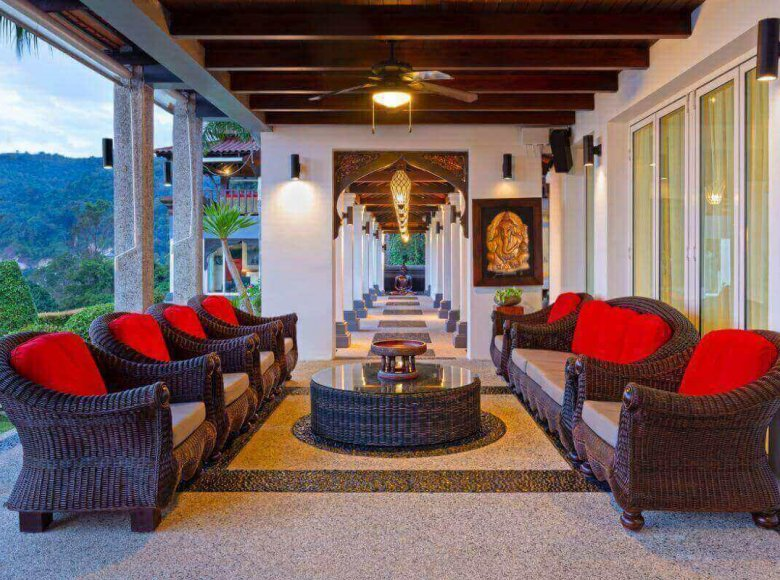 Houses and villas 8 bedrooms 1 050 m² in Phuket Province, Thailand - 41570130
