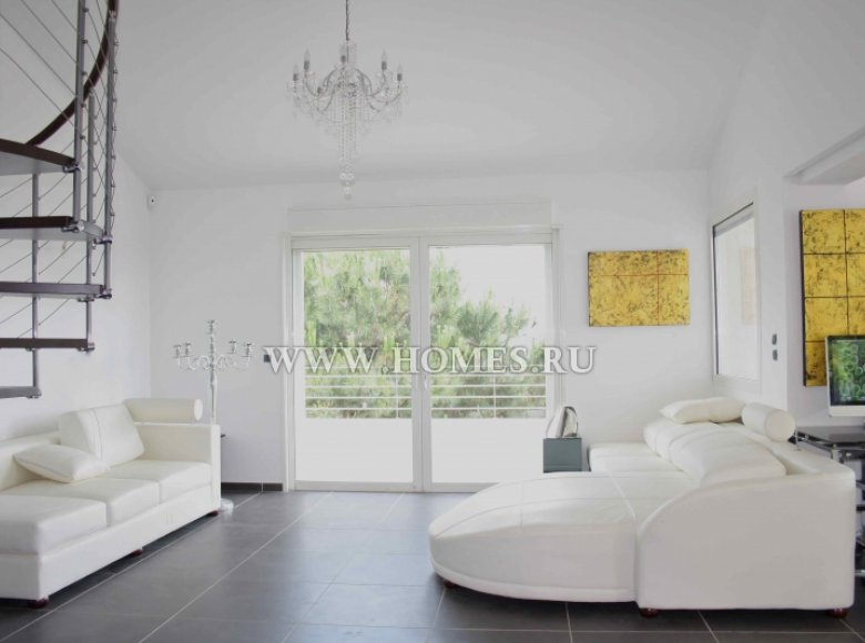 Houses and villas 7 bedrooms 240 m² in France, France - 30525961