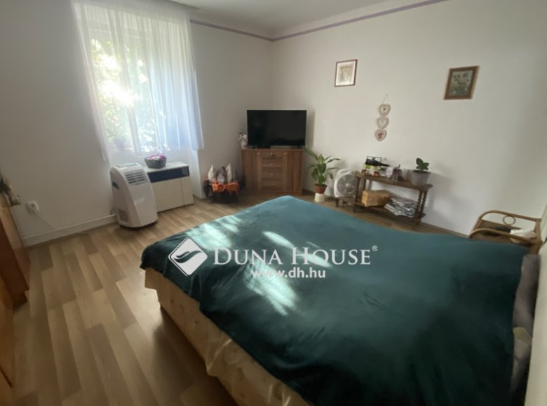 House 105 m² in Central Hungary, All countries - 34472389