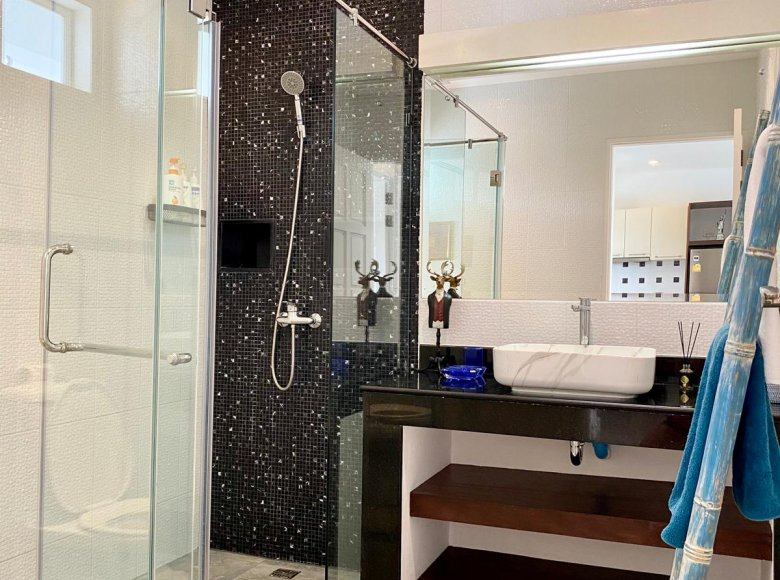 1 room apartment 76 m² in Phuket Province, All countries - 34533321