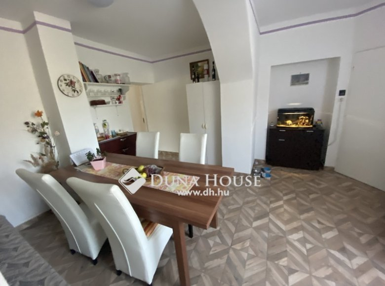 House 105 m² in Central Hungary, All countries - 34472386