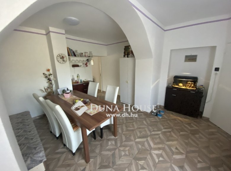 House 105 m² in Central Hungary, All countries - 34472388