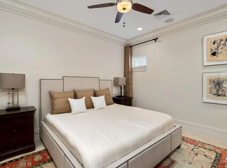 2 room apartment 274 m² in Nassau, Bahamas - 43273056
