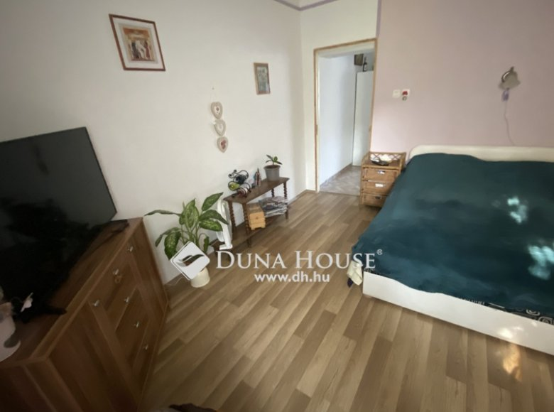 House 105 m² in Central Hungary, All countries - 34472390