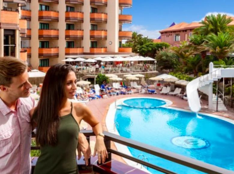Hotel  in Gran Canaria, Spain - 32036832