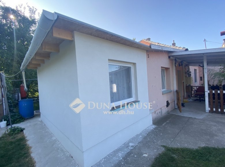 House 105 m² in Central Hungary, All countries - 34472378