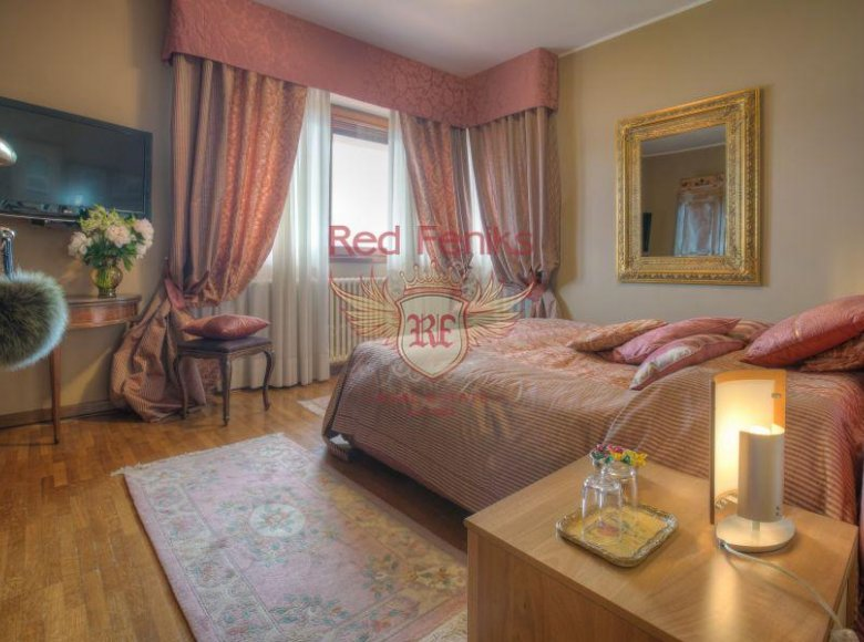 5 room house 380 m² in Italy, Italy - 30471463