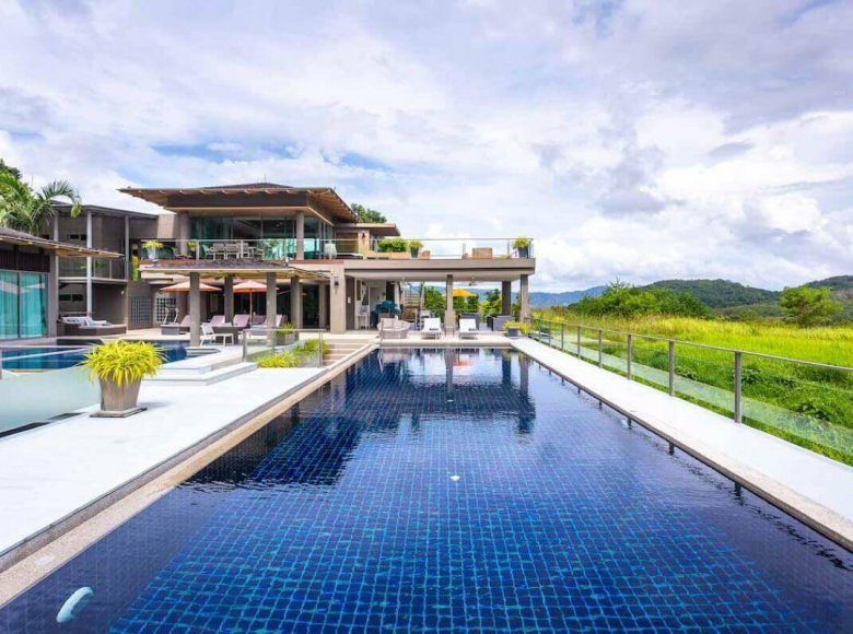 Houses and villas 7 bedrooms 1 220 m² in Phuket Province, Thailand - 32078149