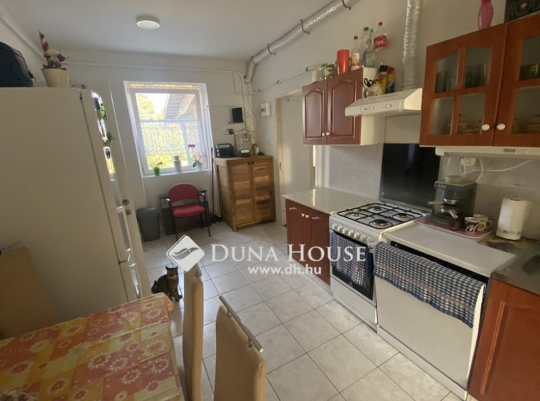 House 105 m² in Central Hungary, All countries - 34472395