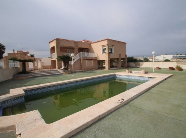 4 room house  for sale in Alacant Alicante, Spain for € 565,000 - listing #172801