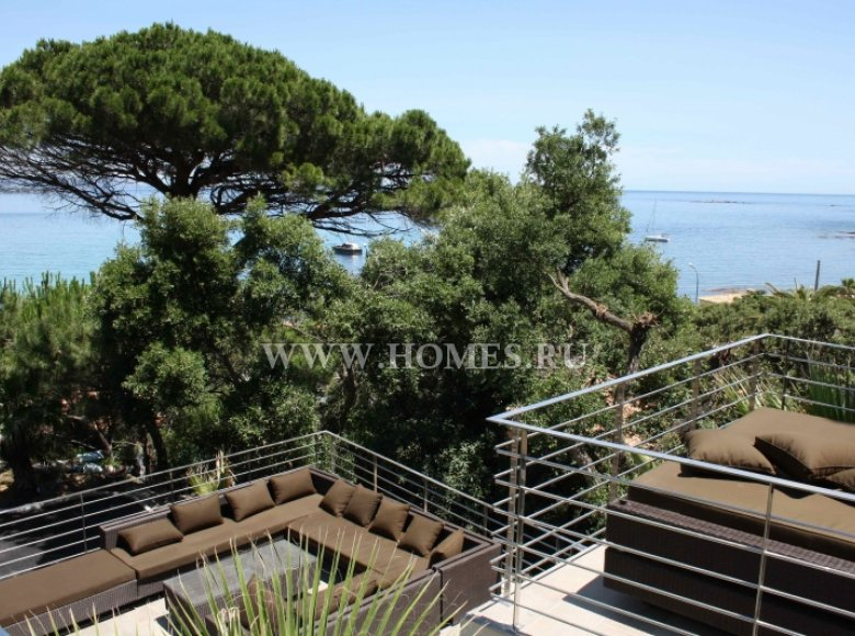 Houses and villas 7 bedrooms 240 m² in France, France - 30525956