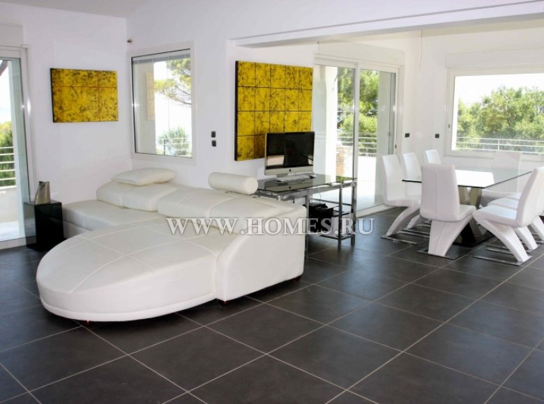 Houses and villas 7 bedrooms 240 m² in France, France - 30525958