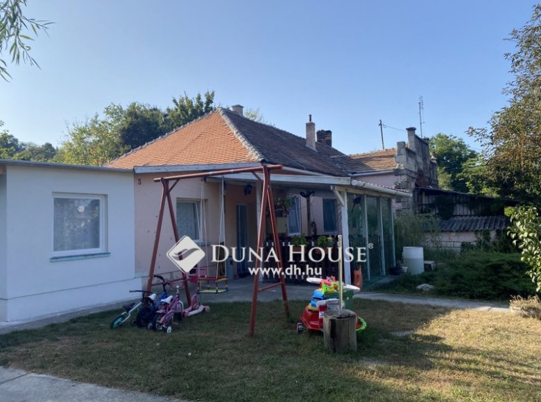 House 105 m² in Central Hungary, All countries - 34472377