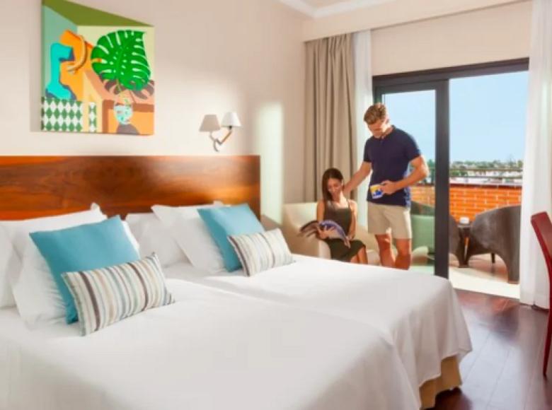 Hotel  in Gran Canaria, Spain - 32036833