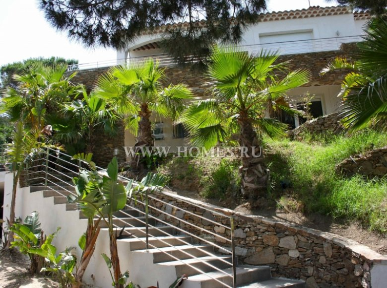 Houses and villas 7 bedrooms 240 m² in France, France - 30525953