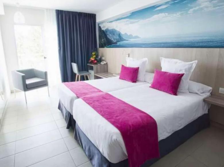 Hotel  in Gran Canaria, Spain - 32036836
