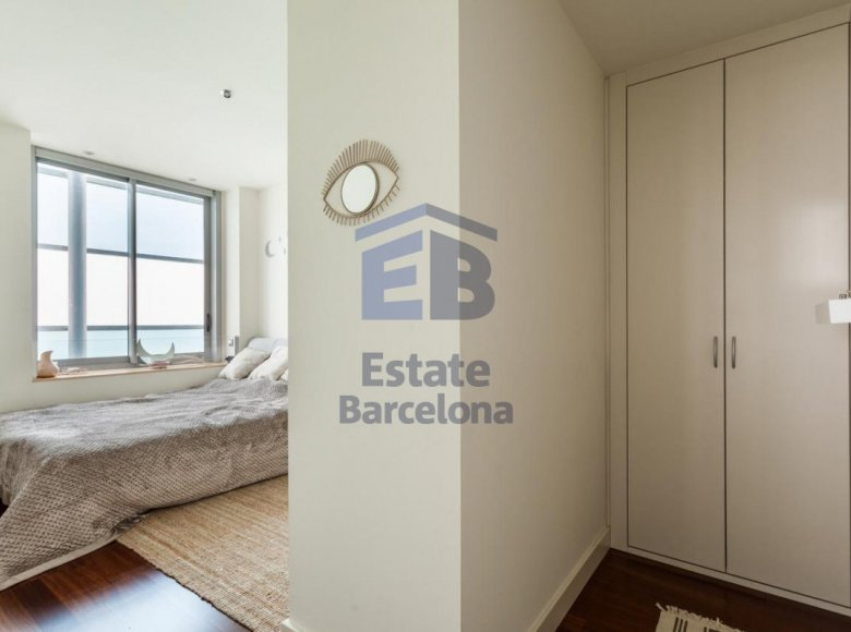 3 room apartment 223 m² in Barcelona, Spain - 28135785