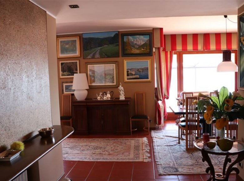 5 room house 380 m² in Italy, Italy - 30521676