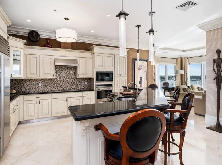 2 room apartment 274 m² in Nassau, Bahamas - 43273055