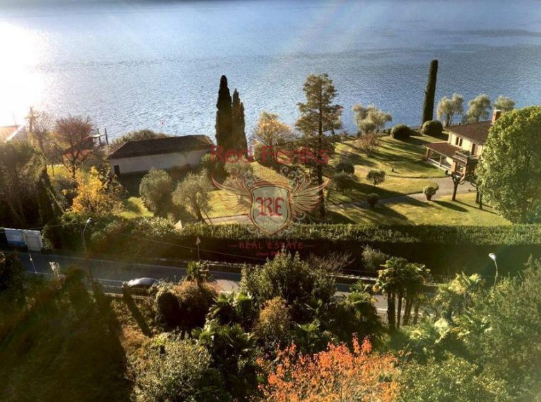 5 room villa  for sale in CO, Italy for € 6,000,000 - listing #269965