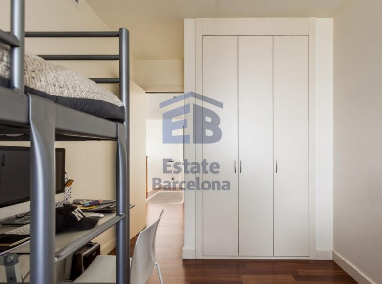 3 room apartment 223 m² in Barcelona, Spain - 28135786