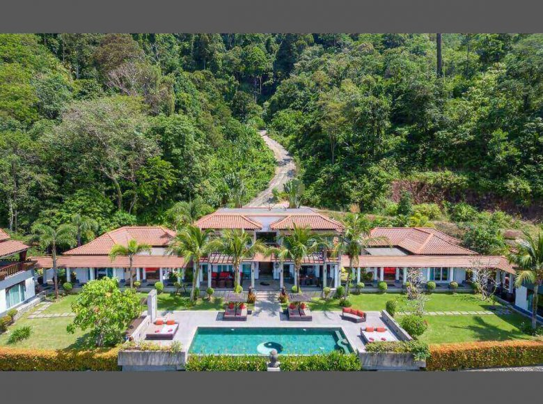 Houses and villas 8 bedrooms 1 050 m² in Phuket Province, Thailand - 41570123