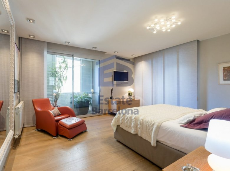 5 room apartment in Barcelona