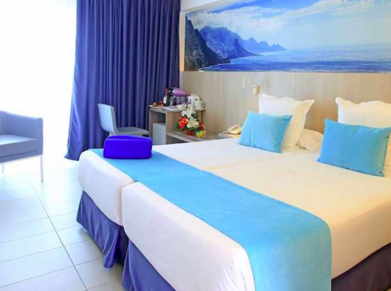 Hotel  in Gran Canaria, Spain - 32036837