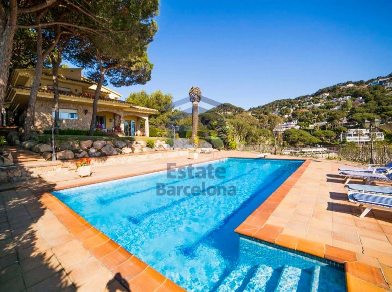 6 room house in Costa Brava