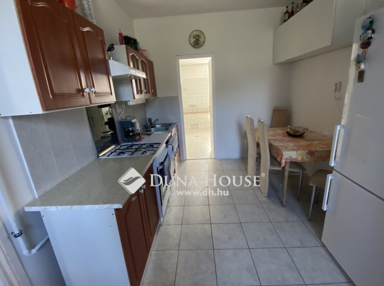 House 105 m² in Central Hungary, All countries - 34472385