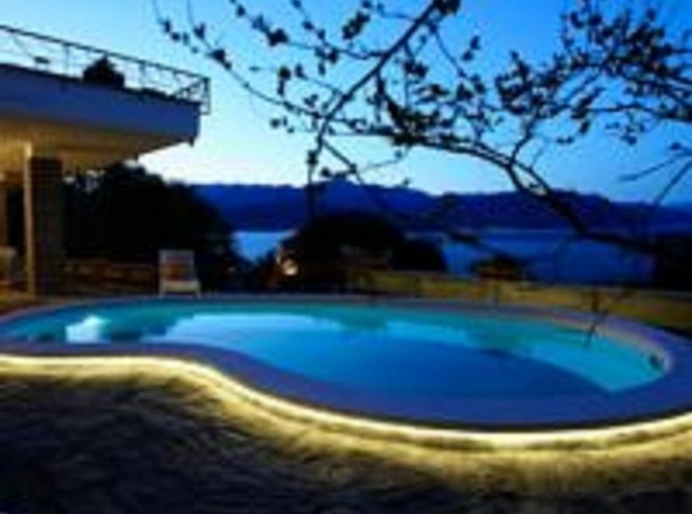 5 room house 380 m² in Italy, Italy - 30521682
