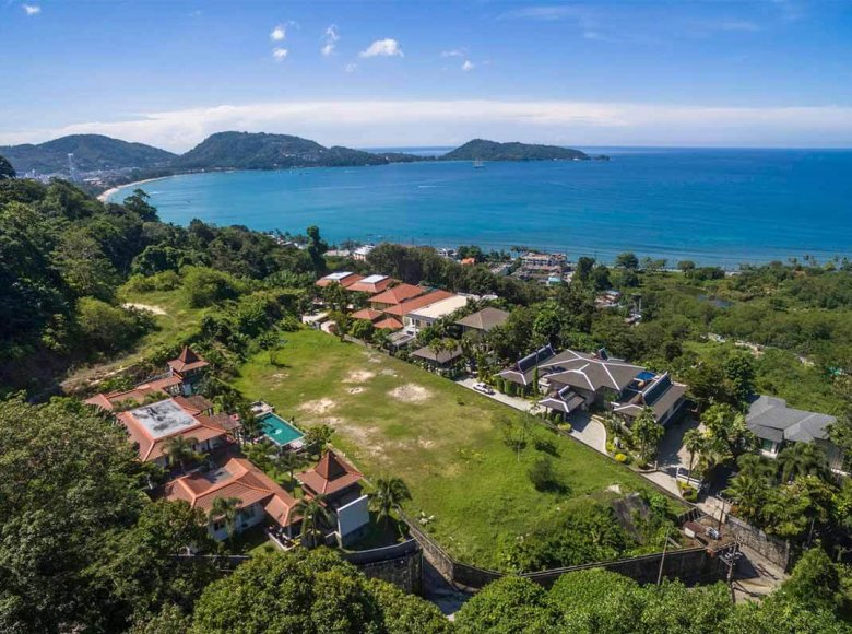 Houses and villas 7 bedrooms 1 050 m² in Phuket Province, Thailand - 28125223