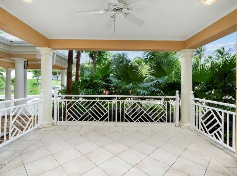 3 room apartment 320 m² in Nassau, Bahamas - 43245022