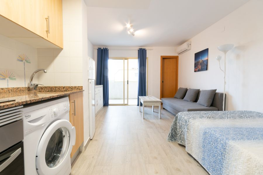A studio apartment in Salou