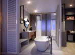 2 room apartment 113 m² in Phuket Province, Thailand