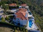 Дом 4 спальни 465 м² в Будва, Черногория
