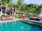 Houses and villas 7 bedrooms 1 050 m² in Phuket Province, Thailand