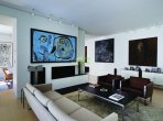 House 1 100 m² in Geneva, Switzerland