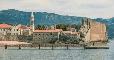 /ru/news/small-apartments-in-montenegro